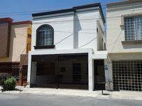 Casa en renta Fracc. privado Nexxus Residencial, sector Diamante