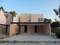 Casa en Privada en Temozon Norte, Merida