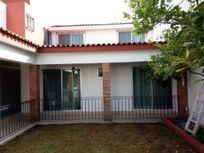Casa en venta de un piso, con 4 recamaras, Pedregal de Vista Hermosa