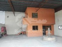 Bodega en renta La Huerta, Morelia (a un costado de la Pepsi)