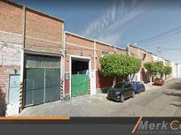 BODEGA RENTA 1,200 M2  LAZARO CARDENAS FERROCARRIL GOB CURIEL GUADALAJARA JAL MX