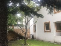 Estupenda casa con enorme jardín y super vigilancia a una paso del periférico