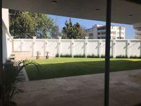 Inigualable y exclusiva Casa en Lomas Country Club