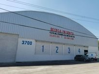 Enorme Bodega Remodelada 4018 m2 con sótano por la central camionera