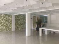 Edificio con magnifica ubicación y excelentes espacios