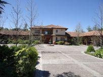 Casa en parcela en lujoso Condominio con vista a Cancha de Golf