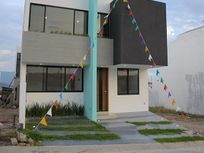 Casa en venta en Senderos de Monteverde cerca de plazas outtlet