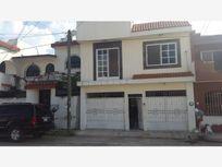 Casa en Venta en Villas de Matatipac