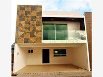 Casa en Venta en FRACC NUEVO SOBRE BLVD FORJADORES