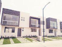 Casa en Venta en Barrio Santa Maria