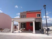 Casa en Venta en Fraccionamiento Zirandaro
