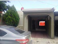 Casa en Venta en Villas Alameda