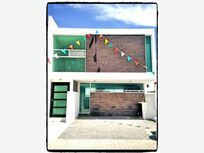 Casa en Venta en   Residencial el Refugio (Fracc.)