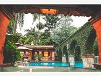 Finca/Rancho en Venta en OPORTUNIDAD FINCA HOTEL FUNCIONANDO EN EL CENTRO DE CUERNVACA
