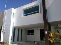 Casa en Renta en Renta Zona de Unversidades Cercanas a Angelopolis