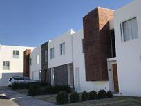 Casa en Renta en   Juriquilla