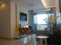 Excelente Apto com 85m², 03 Qtos/01 Ste, Sul/Leste, varanda, elevador, área de lazer completa.