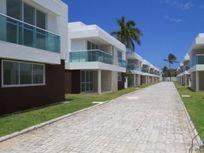 Casa em Condomínio Fechado em Buraquinho, Lauro de Freitas