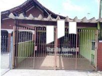 Casa com 3 dormitórios em Praia Grande SP.