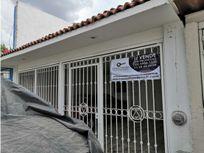 HERMOSA CASA EN EL FRACCIONAMIENTO EL PARAÍSO