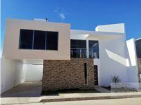 Casa Nueva Estilo Minimalista en Tulancingo