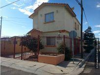casa en Fraccionamiento Villanova