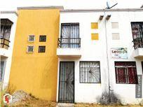 Casa de 2 pisos, Fracc. Los fresnos, Tlajomulco.
