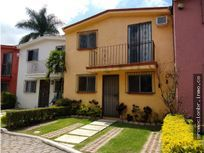 Renta de Casa en Condominio Las Fuentes