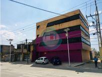 Venta de Edificio en Toluca sobre Vía Principal