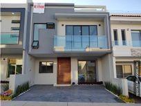 Casa 96-C con Roof Garden