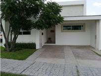 Casa en renta Fracc Coto San Nicolás