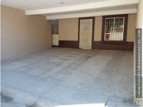 Casa en Santa Fe 3 rec 1.5 b cerca de PlazaMontana