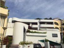 Venta Preciosa Casa en la playa Acapulco Gro.