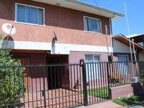 ! Acogedora casa para volver a la vida de barrio ¡  L.F.C