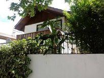 Aislada/Barrio Mujica/dos pisos/
