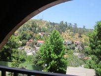 Hermosa casa en niveles en Barrio Miraflores, amplio terreno