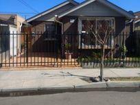 Se vende casa con inmejorable ubicacion