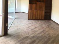 Miraflores Bajo, Vendo Casa, uso comercial o habitacional.-
