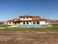 Talagante, vendo casa nueva, 440 mts2 construidos.