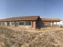 Talagante, vendo casa solida nueva en condominio 220 mts2