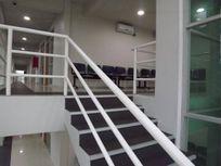 Arriendo Edificio de 640 m2 construcción en Calle Balmaceda