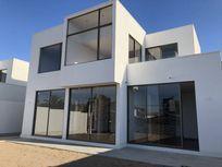 Casa nueva solo 4 unidades, 4dor/3 baños C.140 m2 en T375 m2