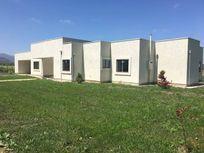 Vendo o Ariendo Casa Nueva Condominio Zapallar km 10 Curico