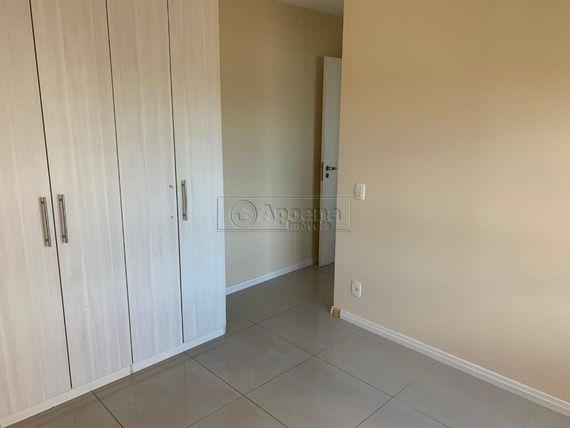 "Apartamento com 2 quartos e 2 Vagas, Barueri, <span itemprop=""addressLocality"">Alphaville</span>, por <span itemscope="""" itemtype=""http://schema.org/TradeAction""><span itemprop=""price"">R$ 1.100.000</span></span>"