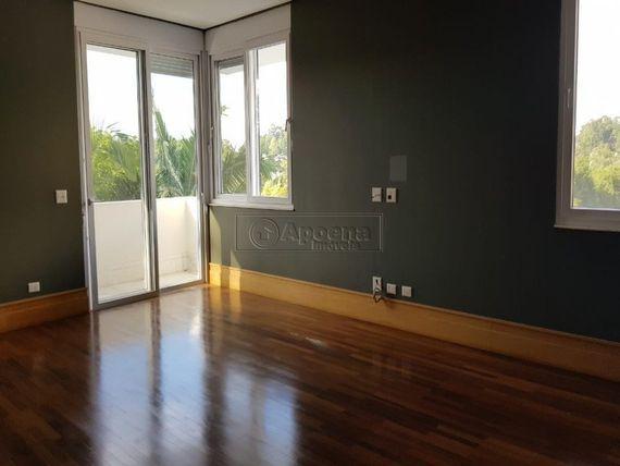 "Casa com 8 quartos e 6 Suites, São Paulo, <span itemprop=""addressLocality"">Barueri</span>, por <span itemscope="""" itemtype=""http://schema.org/TradeAction""><span itemprop=""price"">R$ 8.900.000</span></span>"