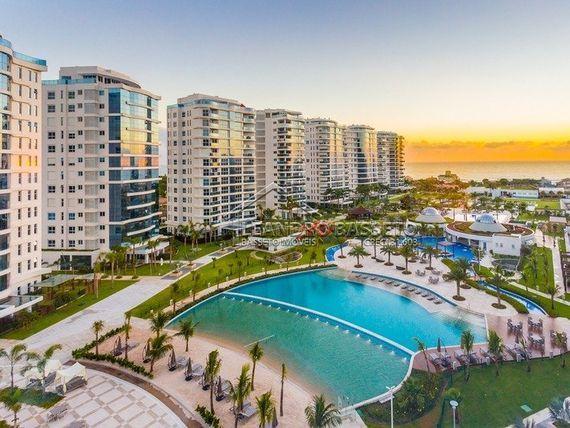 "Apartamento com 4 quartos e Churrasqueira, Itajaí, <span itemprop=""addressLocality"">Praia Brava</span>, por <span itemscope="""" itemtype=""http://schema.org/TradeAction""><span itemprop=""price"">R$ 4.500.000</span></span>"