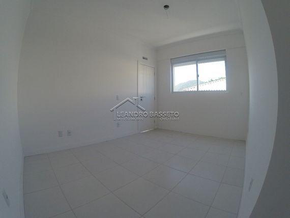 """Apartamento com 3 quartos e Elevador, Florianópolis, <span itemprop=""""addressLocality"""">Ingleses</span>, por <span itemscope="""""""" itemtype=""""http://schema.org/TradeAction""""><span itemprop=""""price"""">R$ 550.000</span></span>"""