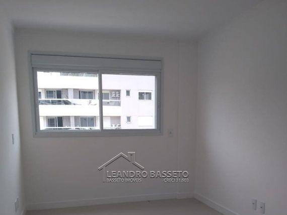 """Apartamento com 2 quartos e 2 Suites, Florianópolis, <span itemprop=""""addressLocality"""">Ingleses</span>, por <span itemscope="""""""" itemtype=""""http://schema.org/TradeAction""""><span itemprop=""""price"""">R$ 560.000</span></span>"""