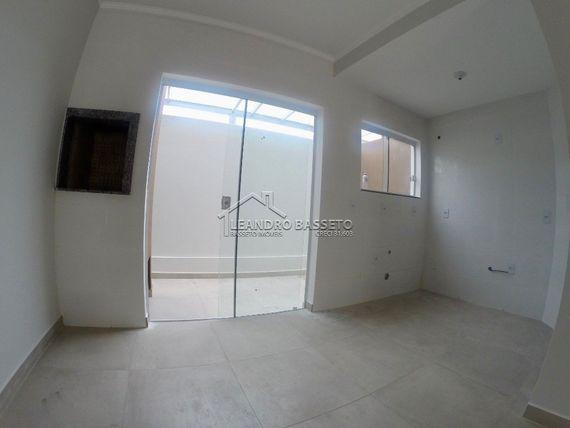"""Casa com 2 quartos e Area servico, Florianópolis, <span itemprop=""""addressLocality"""">Santinho</span>, por <span itemscope="""""""" itemtype=""""http://schema.org/TradeAction""""><span itemprop=""""price"""">R$ 189.000</span></span>"""