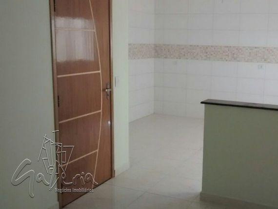"""Apartamento com 3 quartos e Suites na <span itemprop=""""streetAddress"""">Miquelina</span>, São Paulo, <span itemprop=""""addressLocality"""">Santo André</span>, por <span itemscope="""""""" itemtype=""""http://schema.org/TradeAction""""><span itemprop=""""price"""">R$ 389.000</span></span>"""